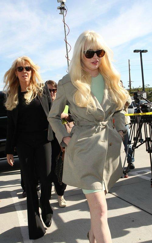 Lindsay Lohan - Страница 3 903734cb0ffc