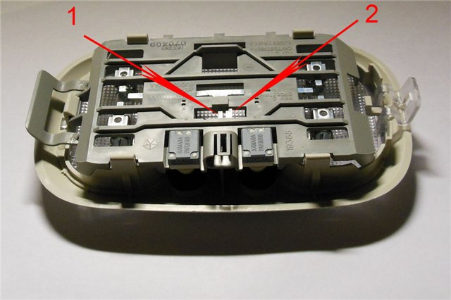 Подключение регистратора с проводке центрального плафона 47f6037fdf03