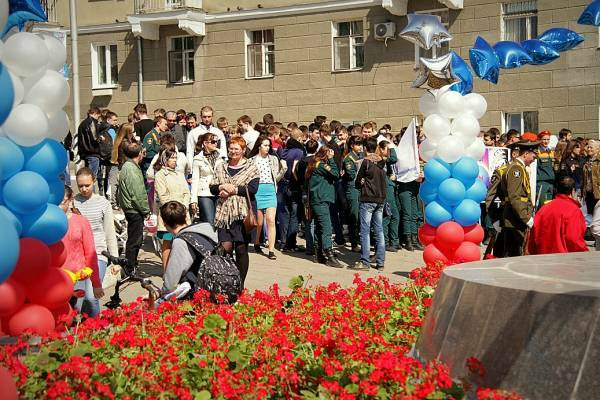 День Космонавтики. г. Саратов 2016 12debca7d264