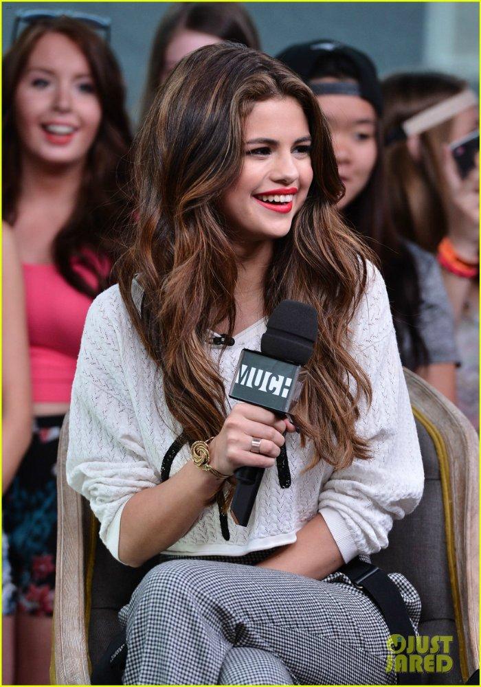 Selena Gomez | Селена Гомес - Страница 9 370eb76ed0e3