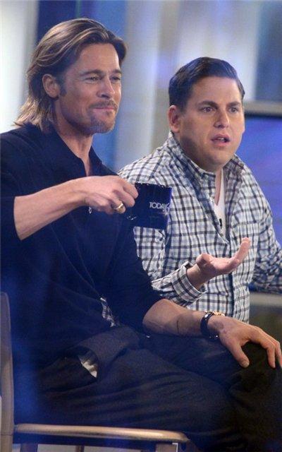 Angelina Jolie and Brad Pitt - Страница 3 4eb677d40548