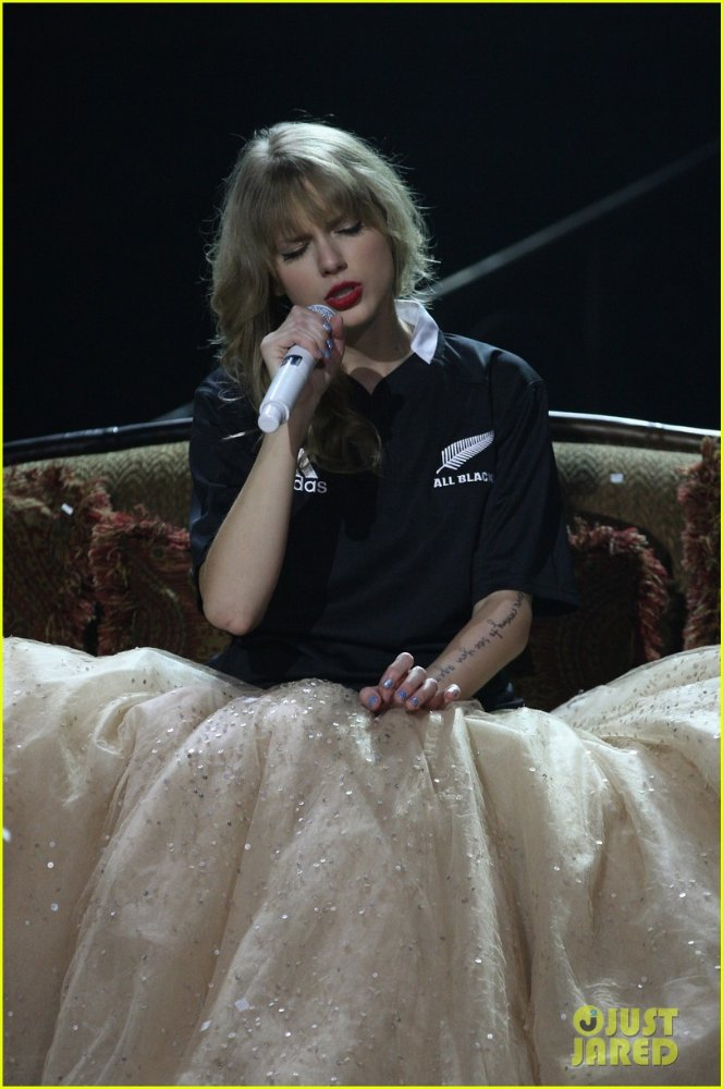 Taylor Swift / Тэйлор Свифт 35900d054f50