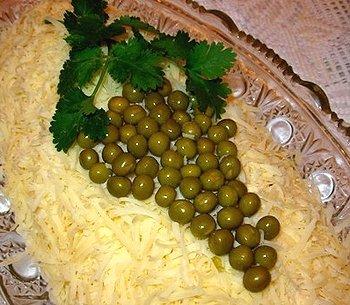 Идеи украшения салатов - Страница 2 60301dd666fc