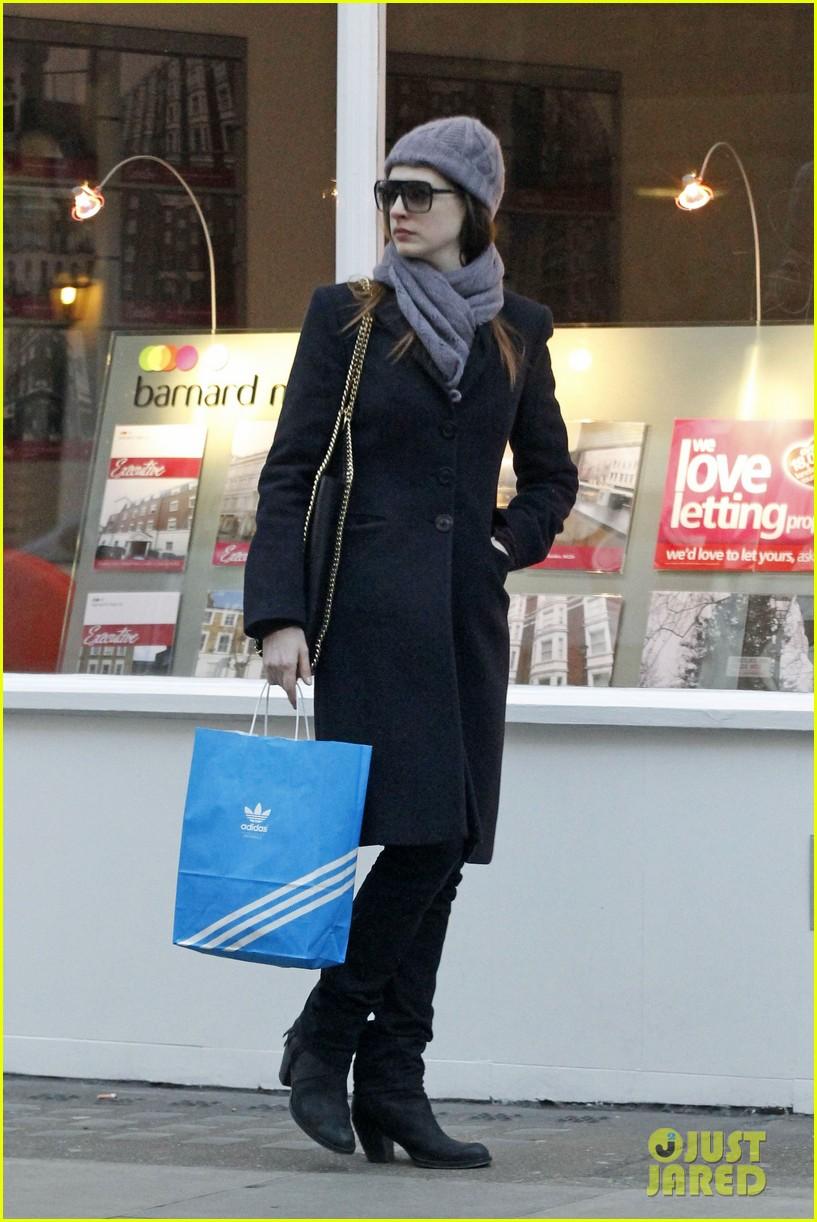 Anne Hathaway/Энн Хэтэуэй 2dee751d7617