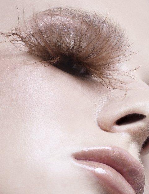 Slike make-up-a koji nam se NE sviđa (Ružni make up) - Page 2 5a38110db62d