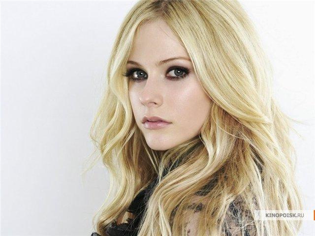 Avril Lavigne 1b3f3660ba61