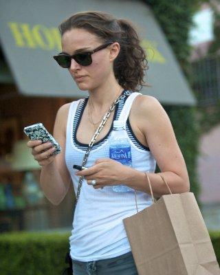 Natalie Portman  - Страница 2 24477268acd9