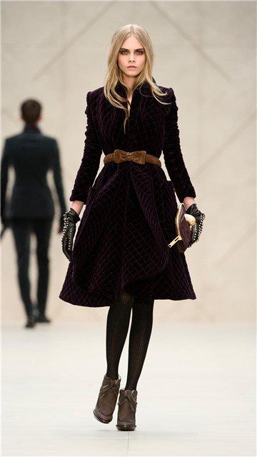 Гардероб наших леді в колекціях fashion дизайнерів - Страница 3 Cab8bffc1b37