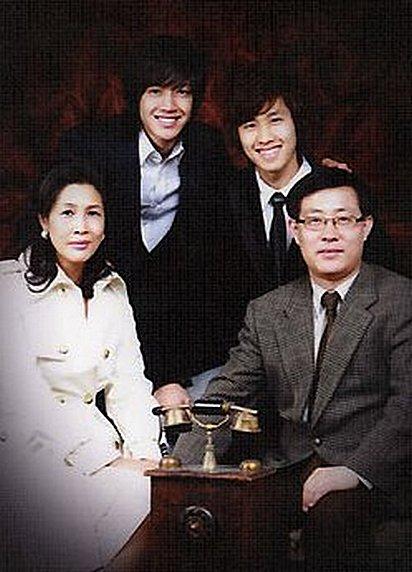 /\ Дом: Лика и Ким Хён Чжун. - Страница 4 A895b37137f0