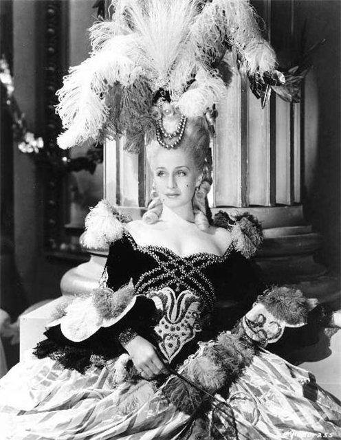 Мария-Антуанетта / Marie-Antoinette / все фильмы 6c9d241620f3