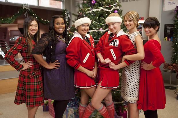 Christmas Time People ! Ustv_glee_s03_e09_bts