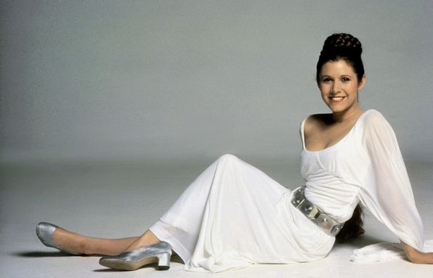 Décès de Carrie Fisher et de Debbie Reynolds- Hommage à deux étoiles du cinéma - Page 2 Carrie-Fisher-as-Princess-Leia-in-Star-Wars-Episode-IV-A-New-Hope
