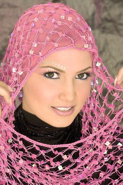 أحدث وأجمل لفات حجاب بسيطة وأنيقة 70