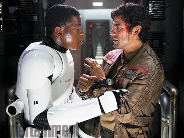 Star Wars : Le Réveil de la Force [Lucasfilm - 2015] - Page 6 John-boyega-and-oscar-isaac