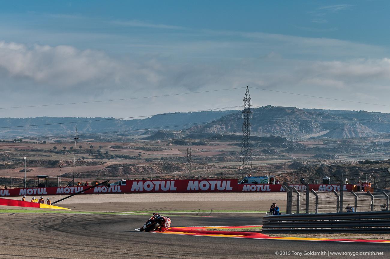 [GP] Aragon Saturday-Aragon-Grand-Prix-of-Aragon-MotoGP-2015-Tony-Goldsmith-916