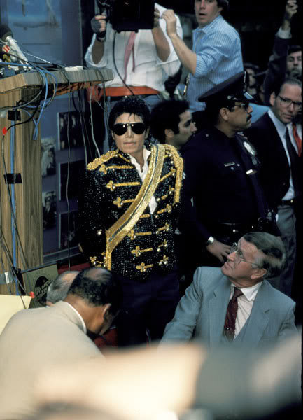 1984 Hollywood Walk of Fame Hollywood-Walk-Of-Fame-michael-j-1
