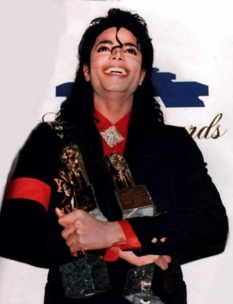 1989 soul Train Awards :) The-3rd-Annual-Soul-Train-Awards-mi