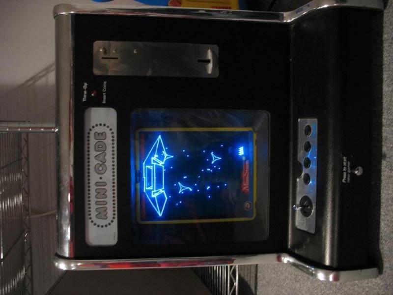 Consoles étranges , Machines méconnues ou jamais vues , du proto ou de l'info mais le tout en Photos - Page 6 IMG_5290
