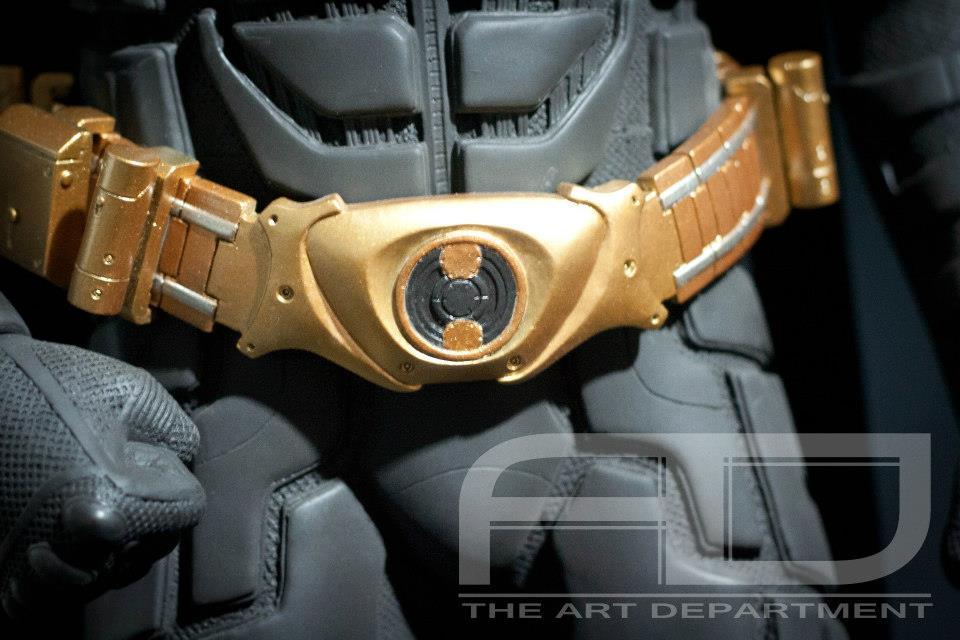 Dark Knight ( C. BALE)  Half Scale custom full statue 526859_482608038451073_515555436_n