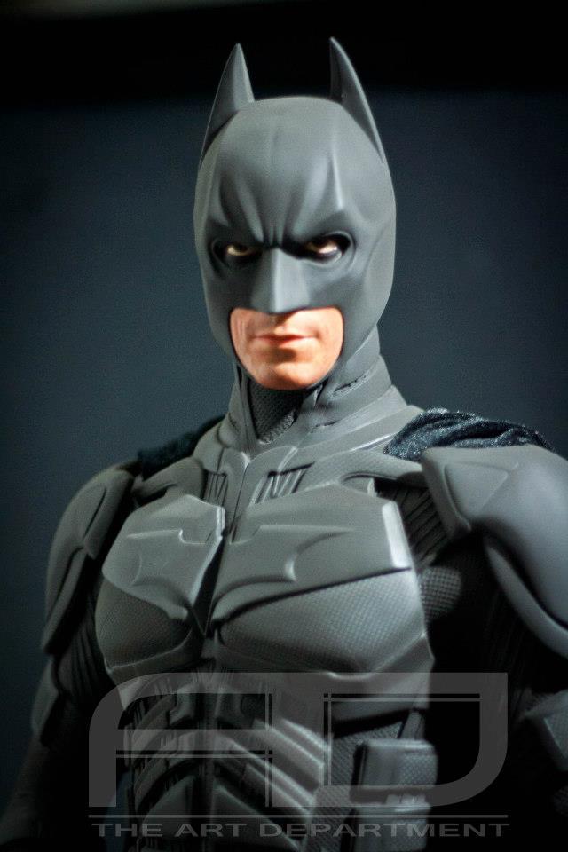 Dark Knight ( C. BALE)  Half Scale custom full statue 6974_482607915117752_1077999849_n