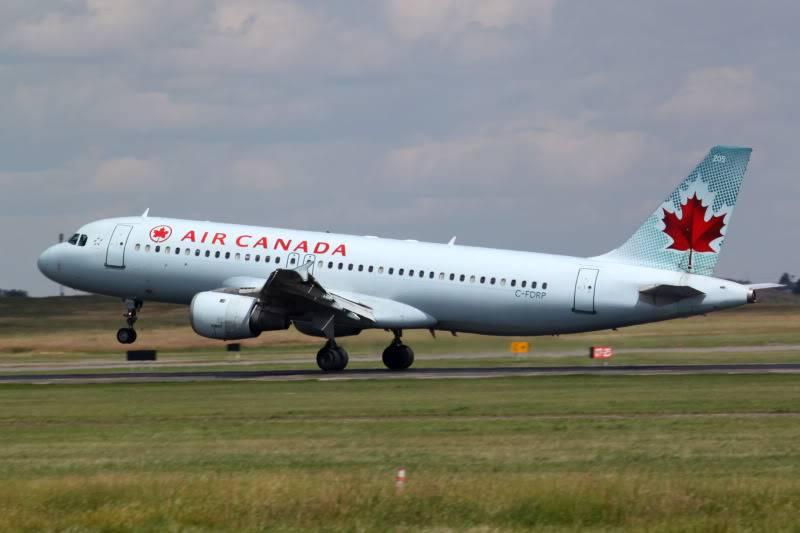 Calgary International (YYC / CYYC) IMG_7676