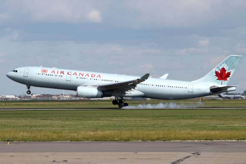 Calgary International (YYC / CYYC) IMG_7774
