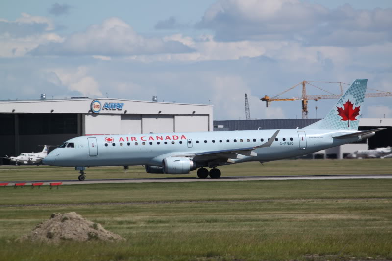 Calgary International (YYC / CYYC) IMG_6477