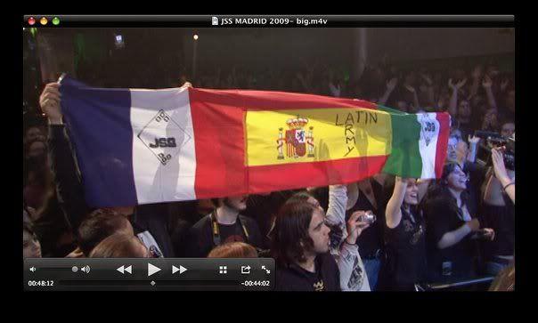 2009 - Apr. 18 -  Heineken Sala Arena - Madrid, Spain 10852_1282103449149_1126970946_3087