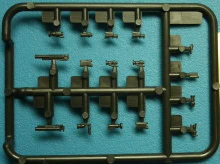 [TRUMPETER] - M4 S.I.R CQBR AR 15/M16/M4 FAMILY GEDC5795_redimensionner