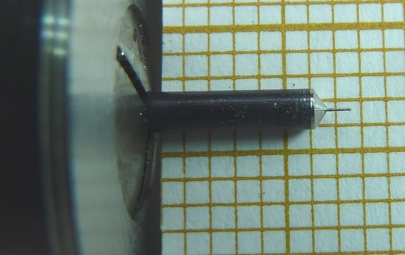 Cherche matière plastique pour petits engrenages à tailler Tampon05RD