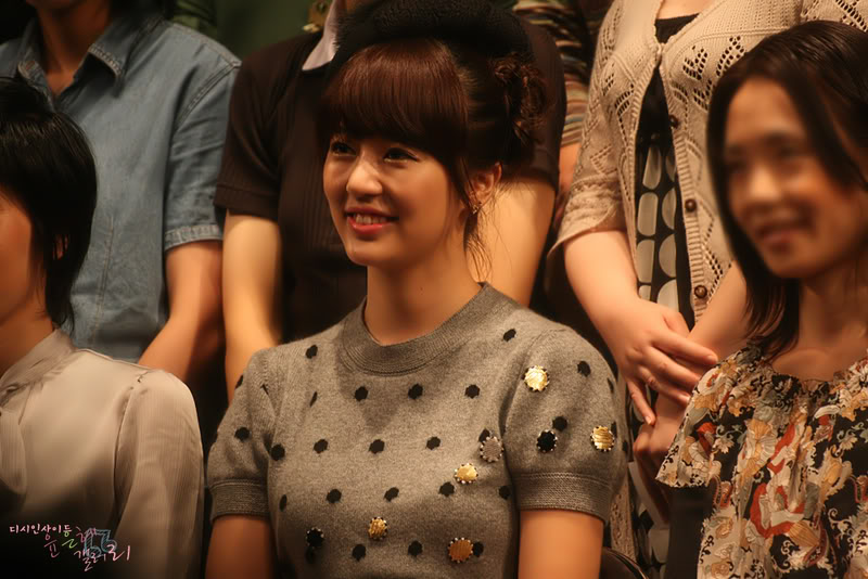 August 2nd, 2008 - Yoon EunHye Opens The First Fan Meeting in Japan 1222010974___2799
