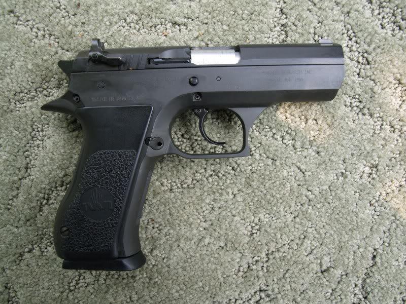 Question, quel pistolet cal .45 mais qui soit pas un 1911 ? Jericho3
