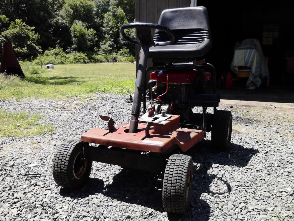 Toro Racing/Wheelie machine  IMG_20140620_114337_zpse556e0b2