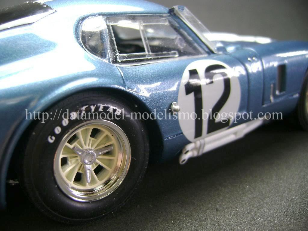 Daytona Cobra Le Mans 1965. Model Factory Hiro 1/24 DSC00975