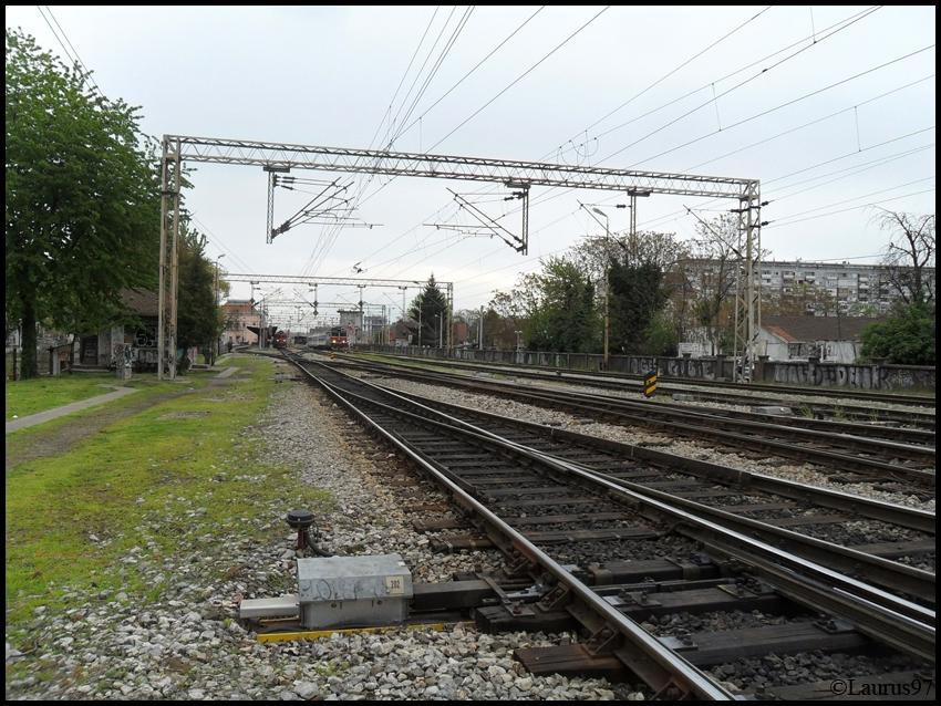 Vlakovi u daljini - Page 4 SAM_1905_zpse15f78ac