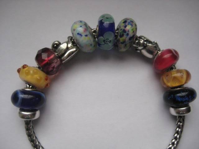 Show us your mini bracelets! - Page 2 IMG_1178