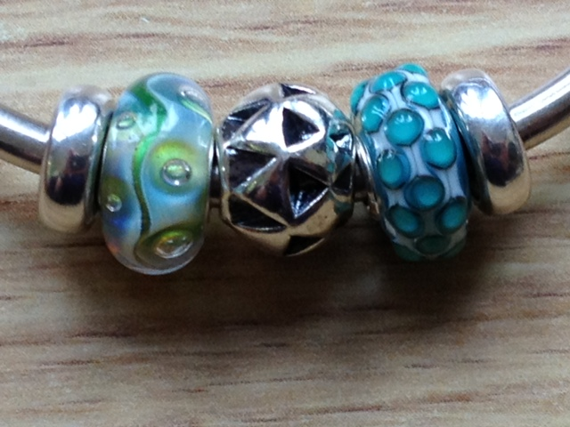 Some new beads including new S&Bs Photo53_zps21881014