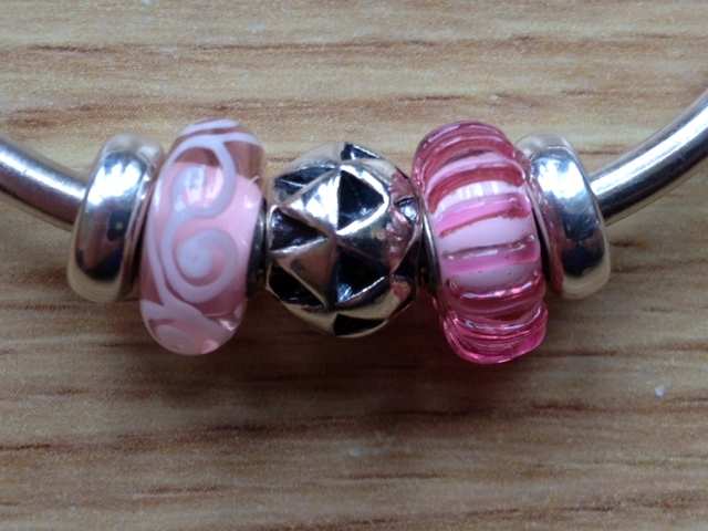 Some new beads including new S&Bs Photo54_zpse0257727