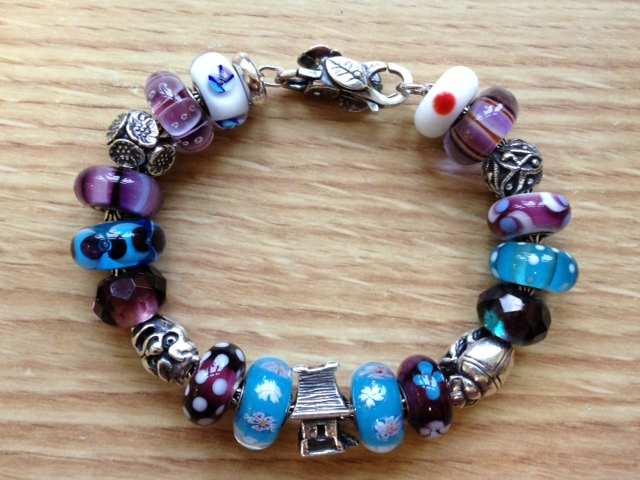 Show us which bracelet you have worn in December! - Page 3 Photony2_zps84b9832f