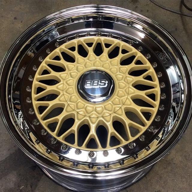 FS/FT BBS RS'S Almond cream w/ Gold flake and Chrome lips Recently refinished! 988575_10204745182737072_1582806219600949259_n