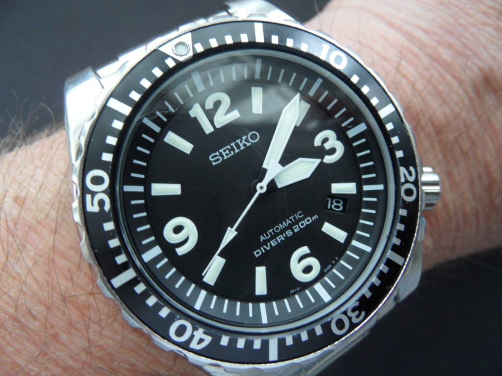 Let us see your Seikos  053_zps0406e07f