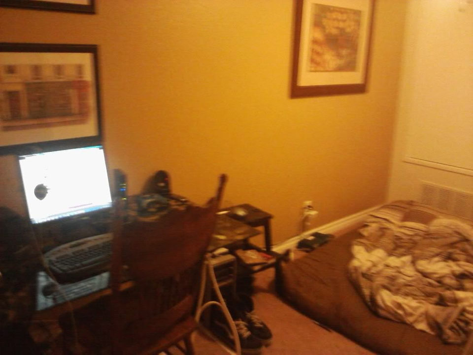 look my room... Image09282010211436