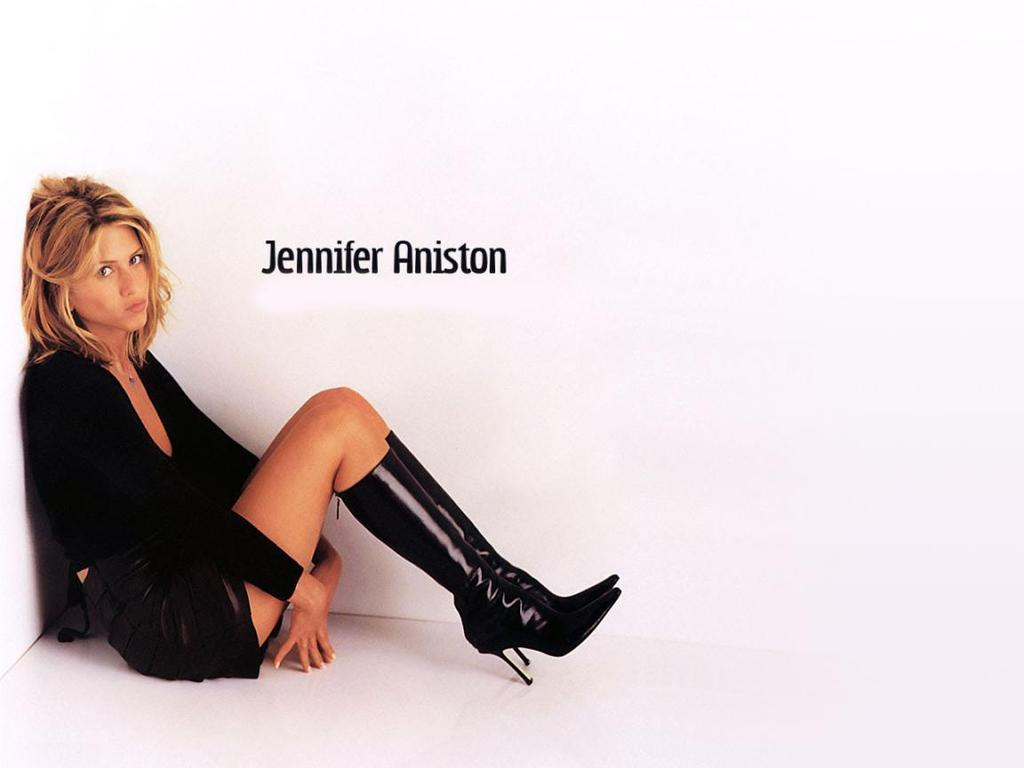 Celebrity Crush Jennifer-aniston-high-resolution-wallpapers-beautiful-desktop-background-images-widescreen_zps64nx3mkz