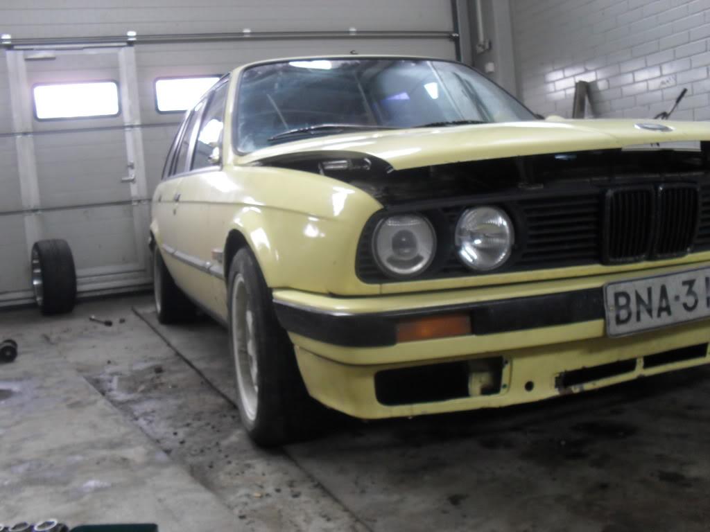 Kuvia foorumilaisten autoista - Sivu 6 SDC15934