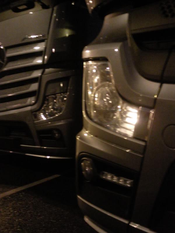 Mercedes Actros MP4 Photo0018-1