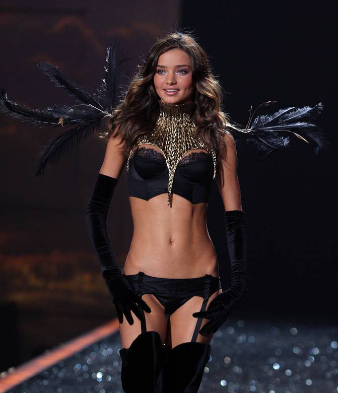 Scott's Insanely Hot Chick Pic Thread (Possible R18) - Page 3 Miranda-kerr-dot-com_vs-2009fash-9