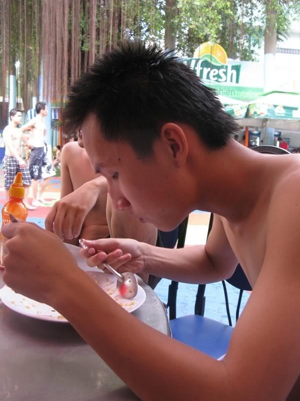 [30/10/2011] A2Pro đi Đầm Sen WaterPark IMG_3808