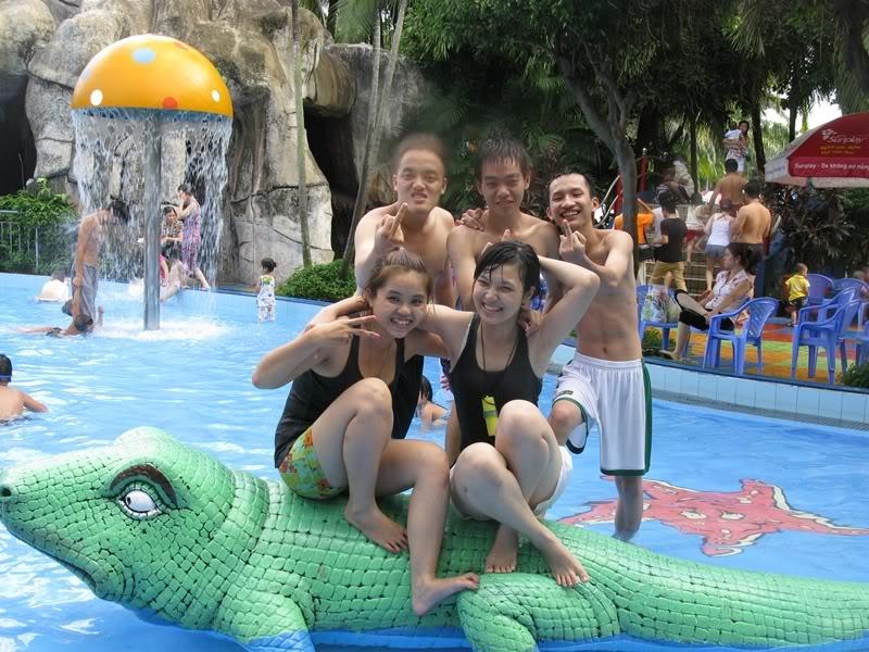 [30/10/2011] A2Pro đi Đầm Sen WaterPark IMG_3860