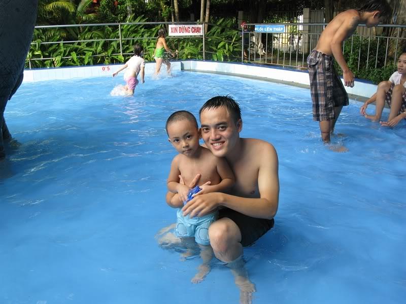 [30/10/2011] A2Pro đi Đầm Sen WaterPark IMG_3870