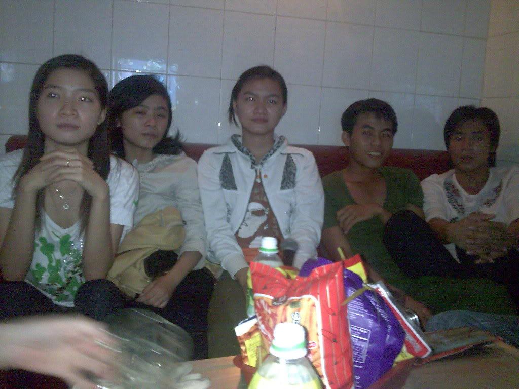 Những tấm hình mới nhất về bữa ofline 2/9 của thành viên 4rum nè! Hnhnh074